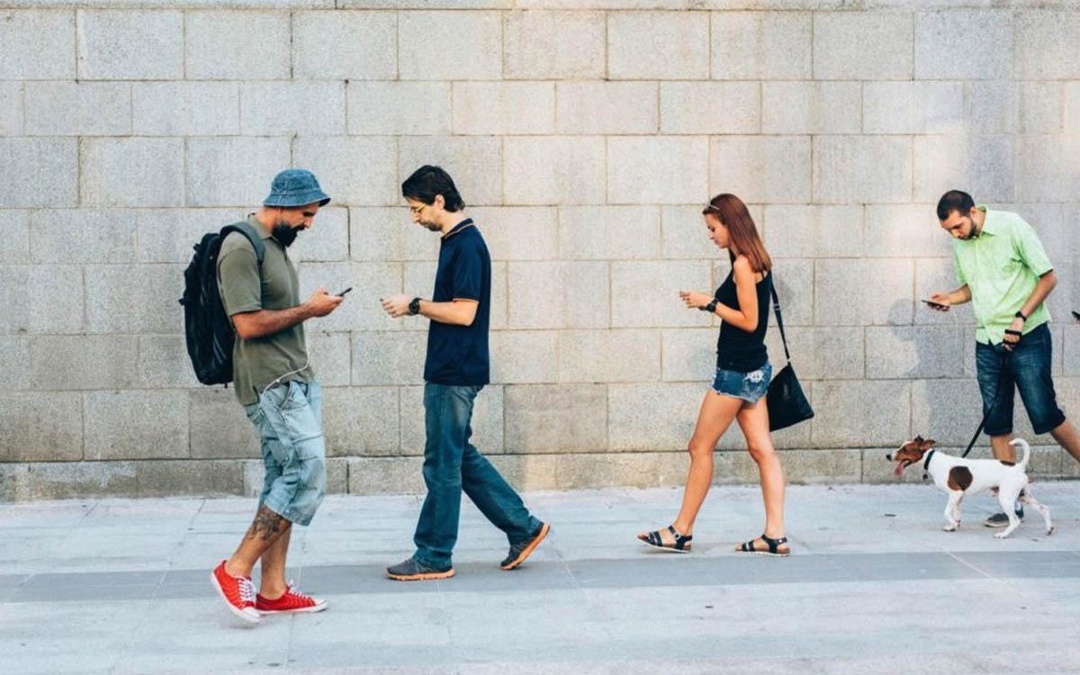 Por qué ha bajado tanto el precio de las tarifas móviles